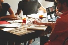 ניהול צוות עובדים והנעת עובדים בארגון