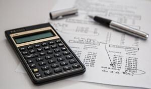האם רואה חשבון יכול לשמש כיועץ פיננסי