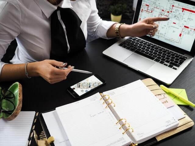 ייעוץ כלכלי לעסקים קטנים ובינוניים